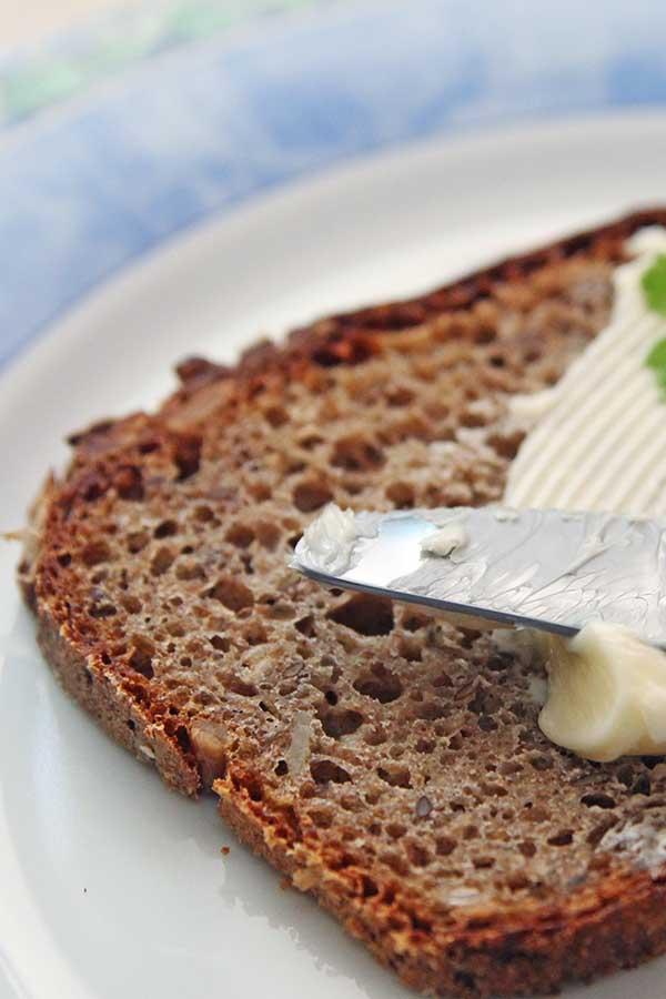 chleb mieszany żytnio-pszenny