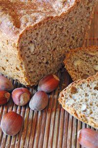 domowy chleb z orzechami