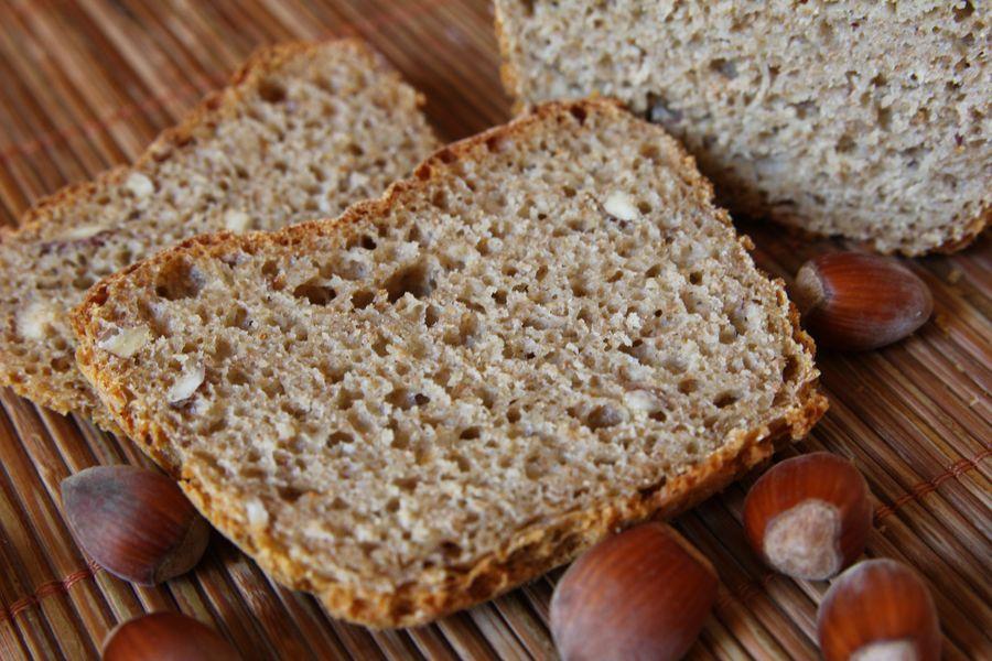 pszenny chleb z orzechami