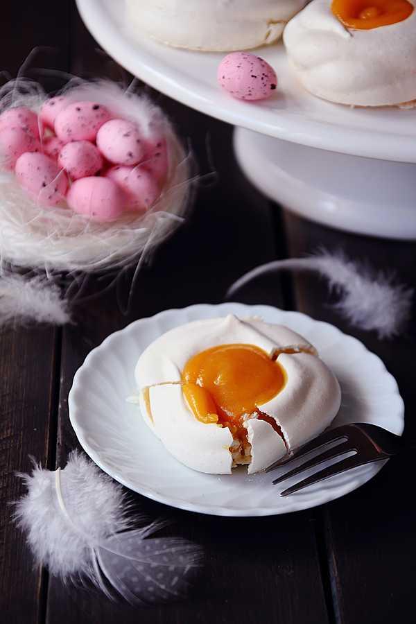 bezowe jajka