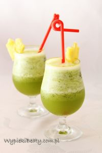 koktajl ananasowo-bazyliowy1