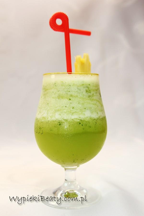 koktajl ananasowo-bazyliowy