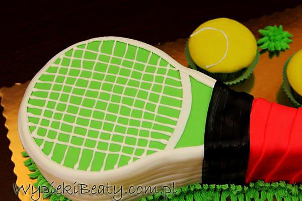 tort tenisowy