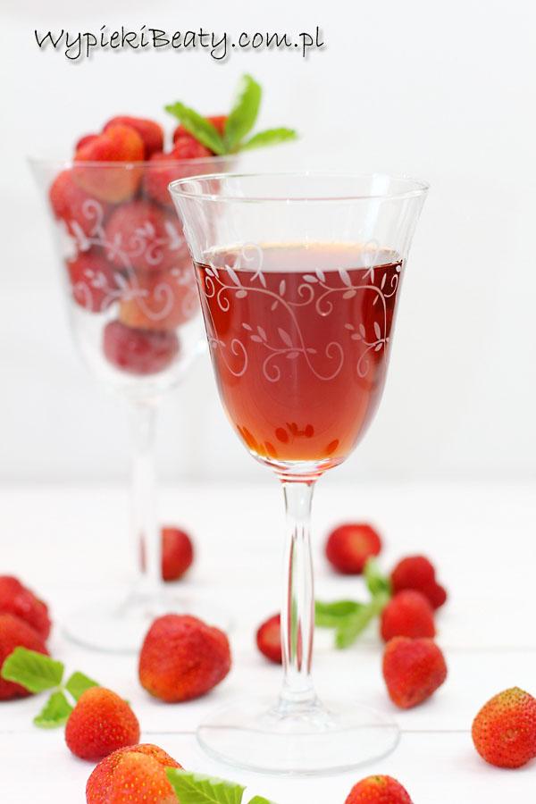wino truskawkowe1