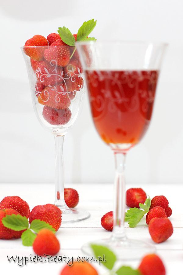 wino truskawkowe2