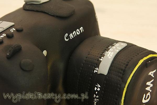 tort aparat fotograficzny canon