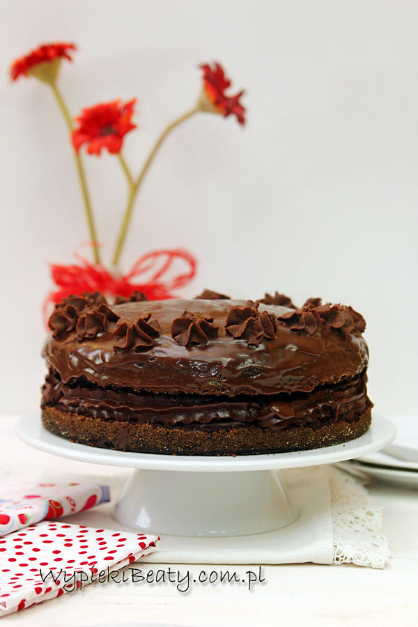 czekoladowy z bezą1