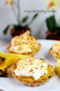 minitarty z kremem ananasowym