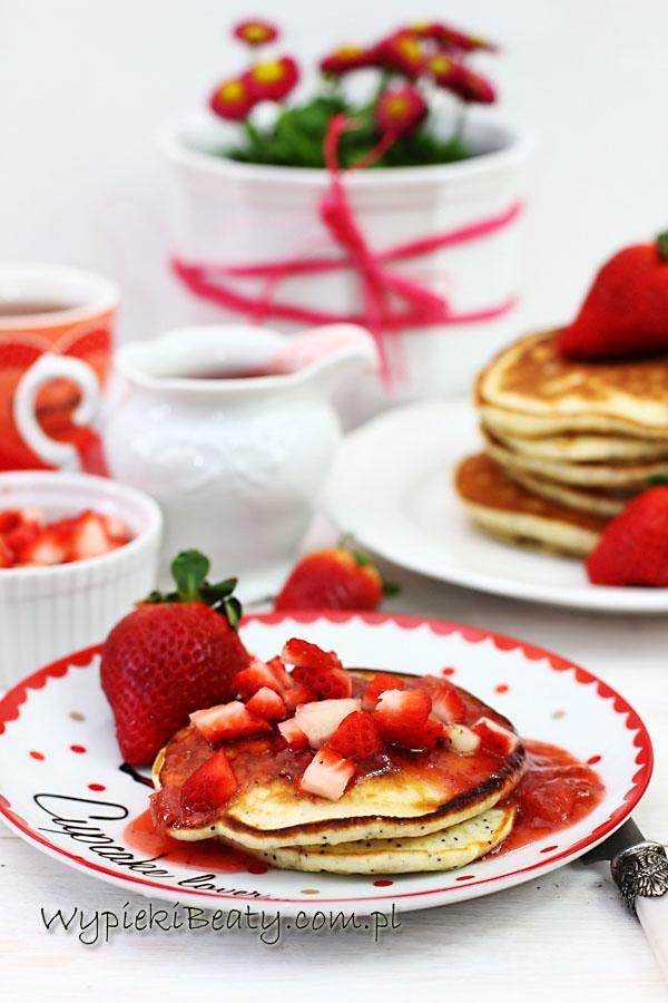 pancakes cytrynowo-truskawkowe1