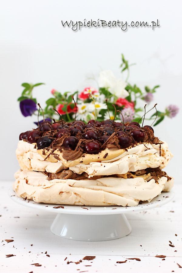 tort bezowy kawowo-karmelowy1