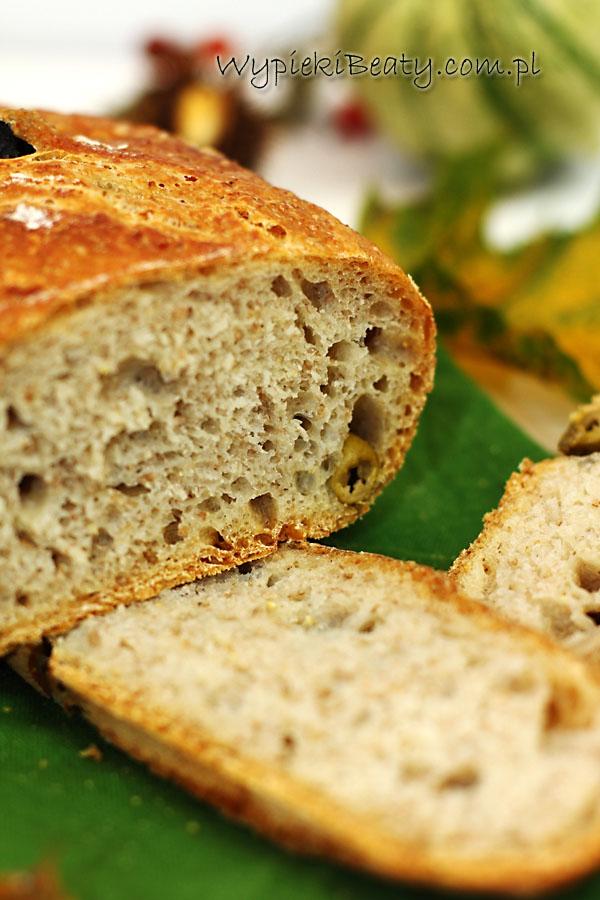 chleb z oliwkami3