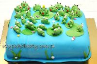 tort z żabkami2
