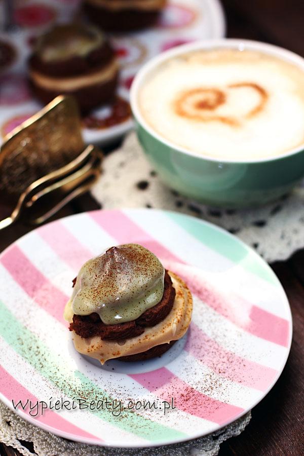 czekoladowe ptysie z kremem kawowym4