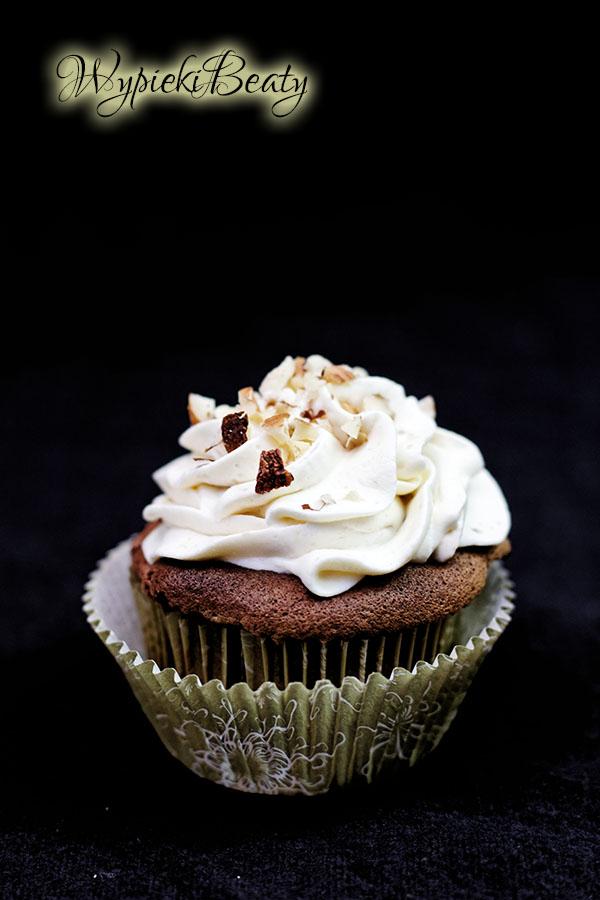 babeczki czekoladowe z kremem michałkowym5