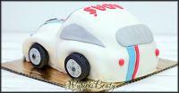 tort samochód garbi