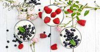 mus z białej czekolady z owocami_facebook