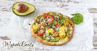 pizza z sosem awokado_facebook