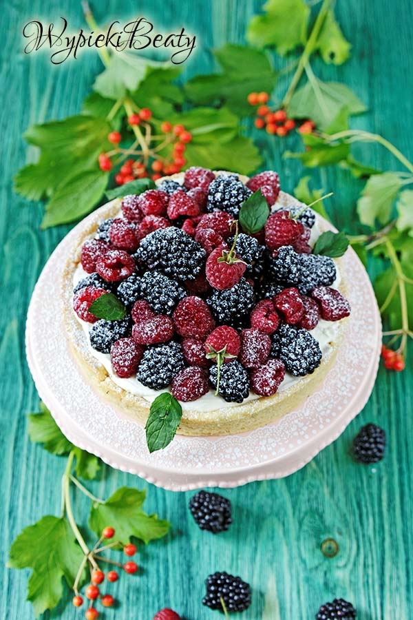 white chocolate raspberry tart