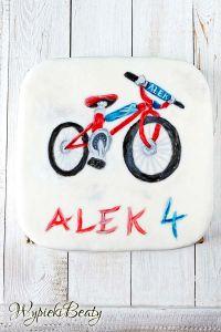 bicycyle cake