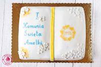 tort komunijny w kształcie książki