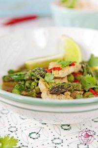 green curry with asparagus