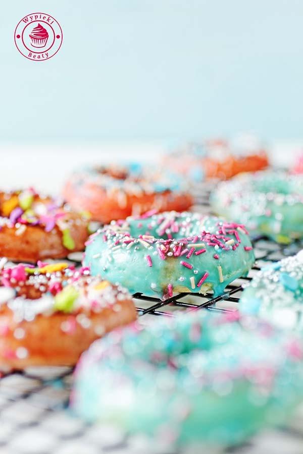 maślankowe donuty 9