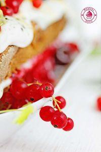 ciasto z malinami i kremem 5