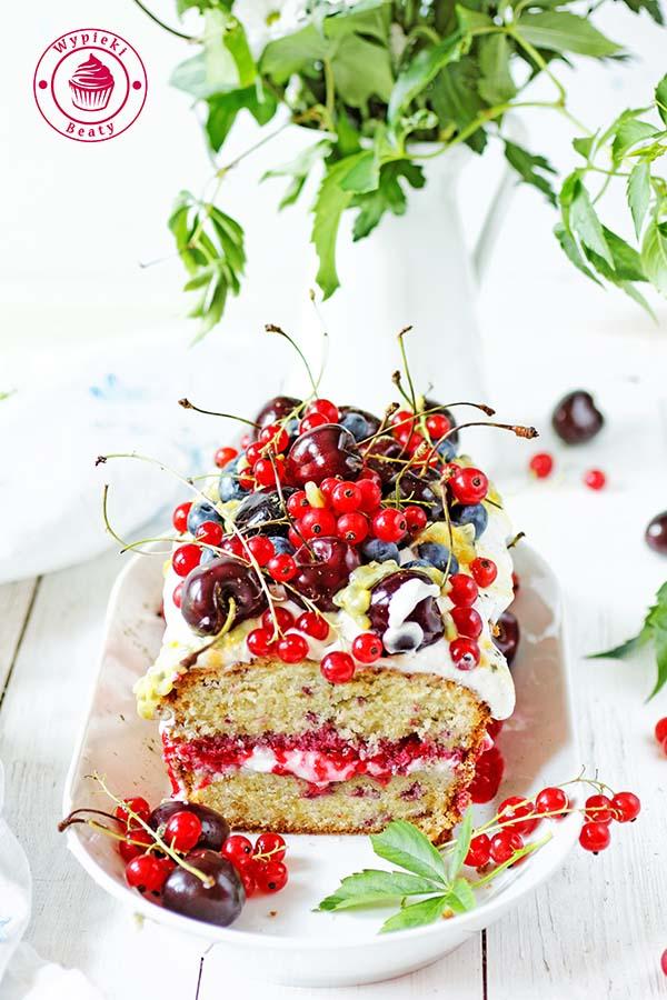 ciasto z malinami i kremem 7
