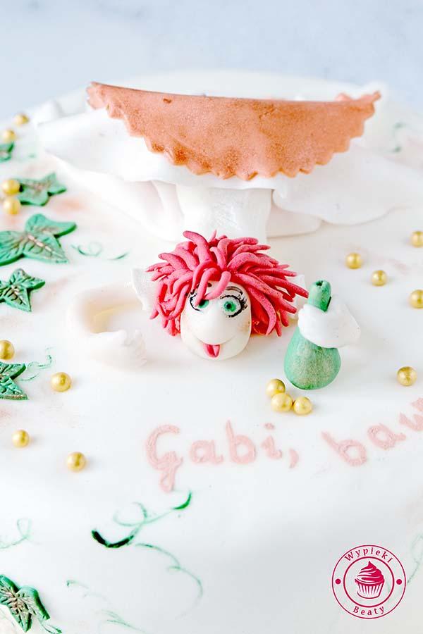 tort z panną młodą