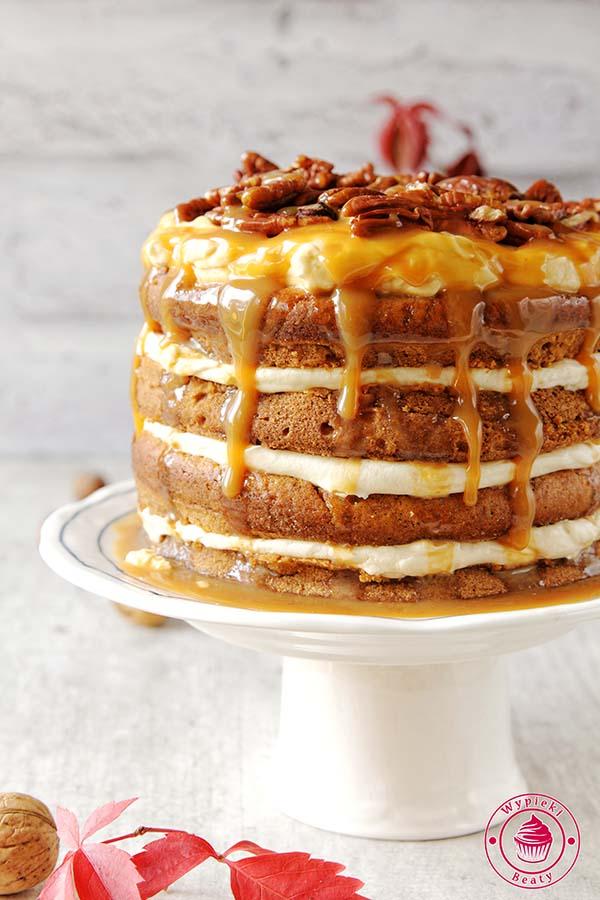 tort z karmelem