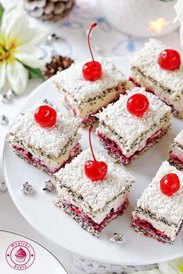 ciasto z makiem i kremem
