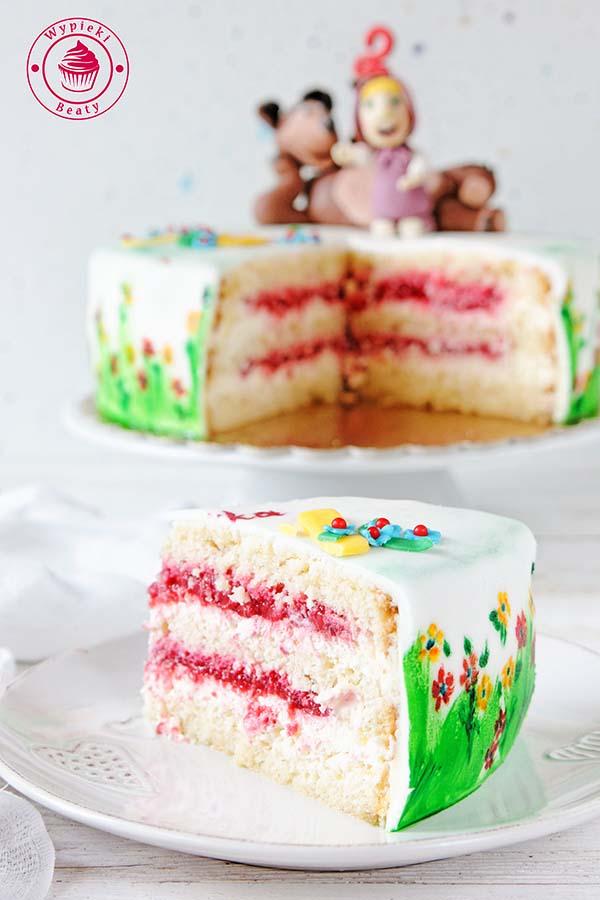 tort z malinami