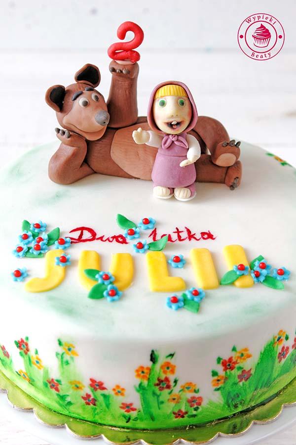 tort urodzinowy masza i niedźwiedź