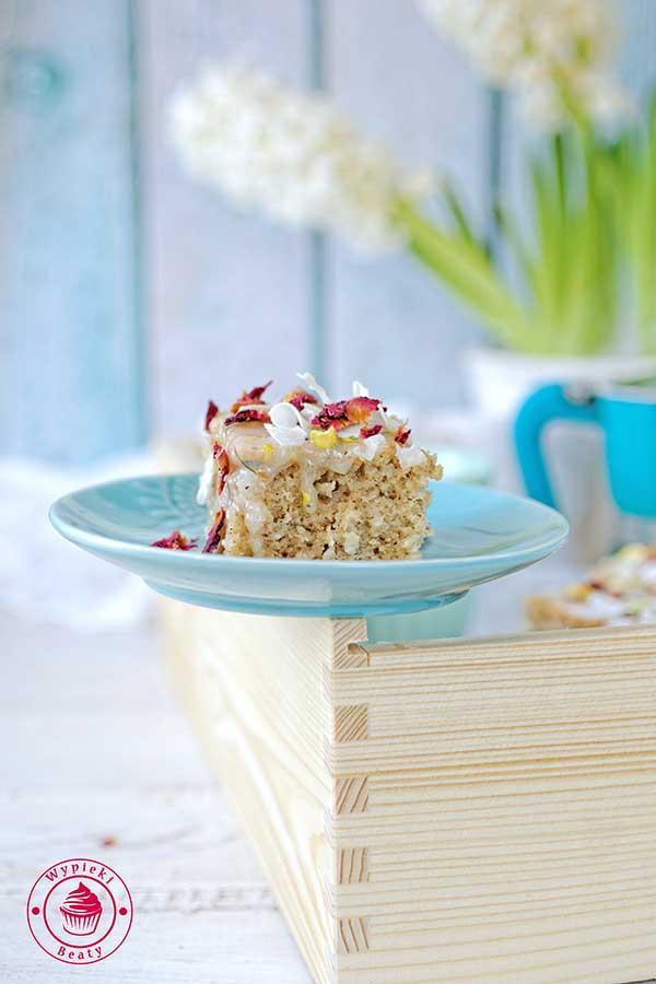 korzenne ciasto kokosowe
