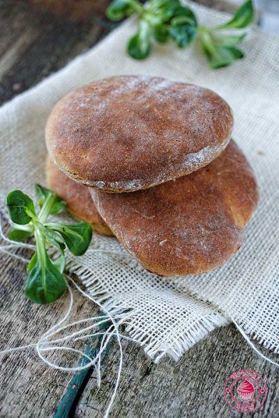 bułki z mąki gryczanej