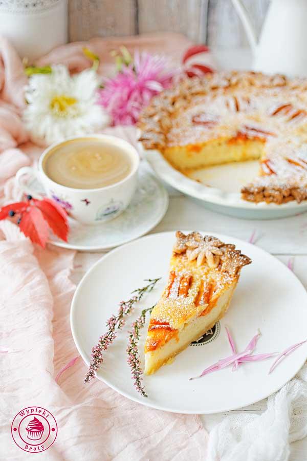maślankowy pie z owocami
