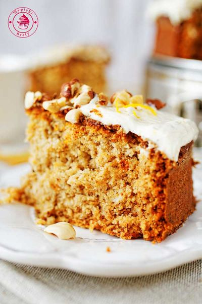ciasto z orzechami i kremem