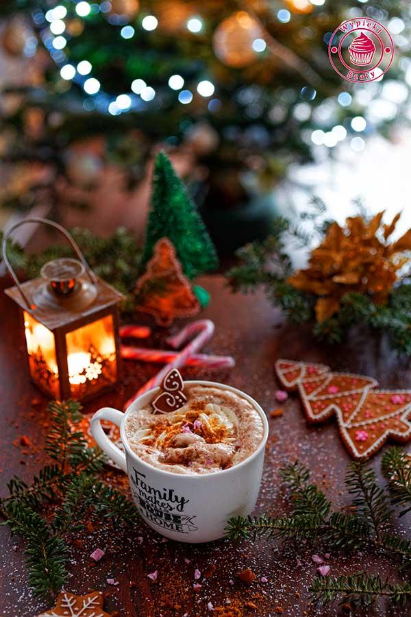 kawa latte pierniczkowa