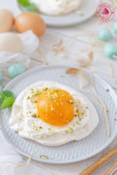 pavlova jak jajko sadzone