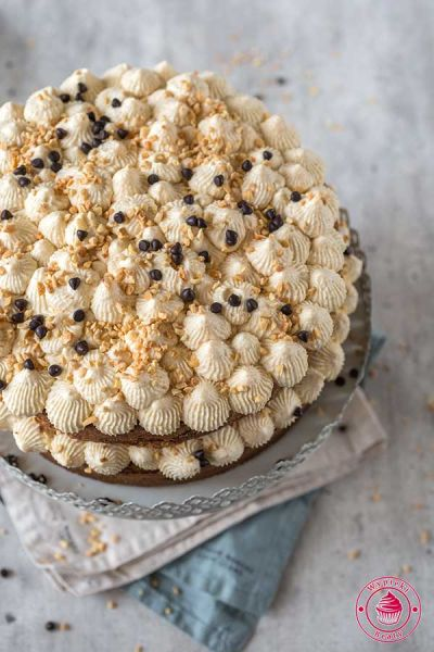 orzechowy tort z czekoladą
