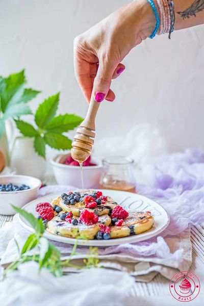 placuszki na maślance z jagodami