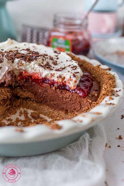 tarta czekoladowo-truskawkowa