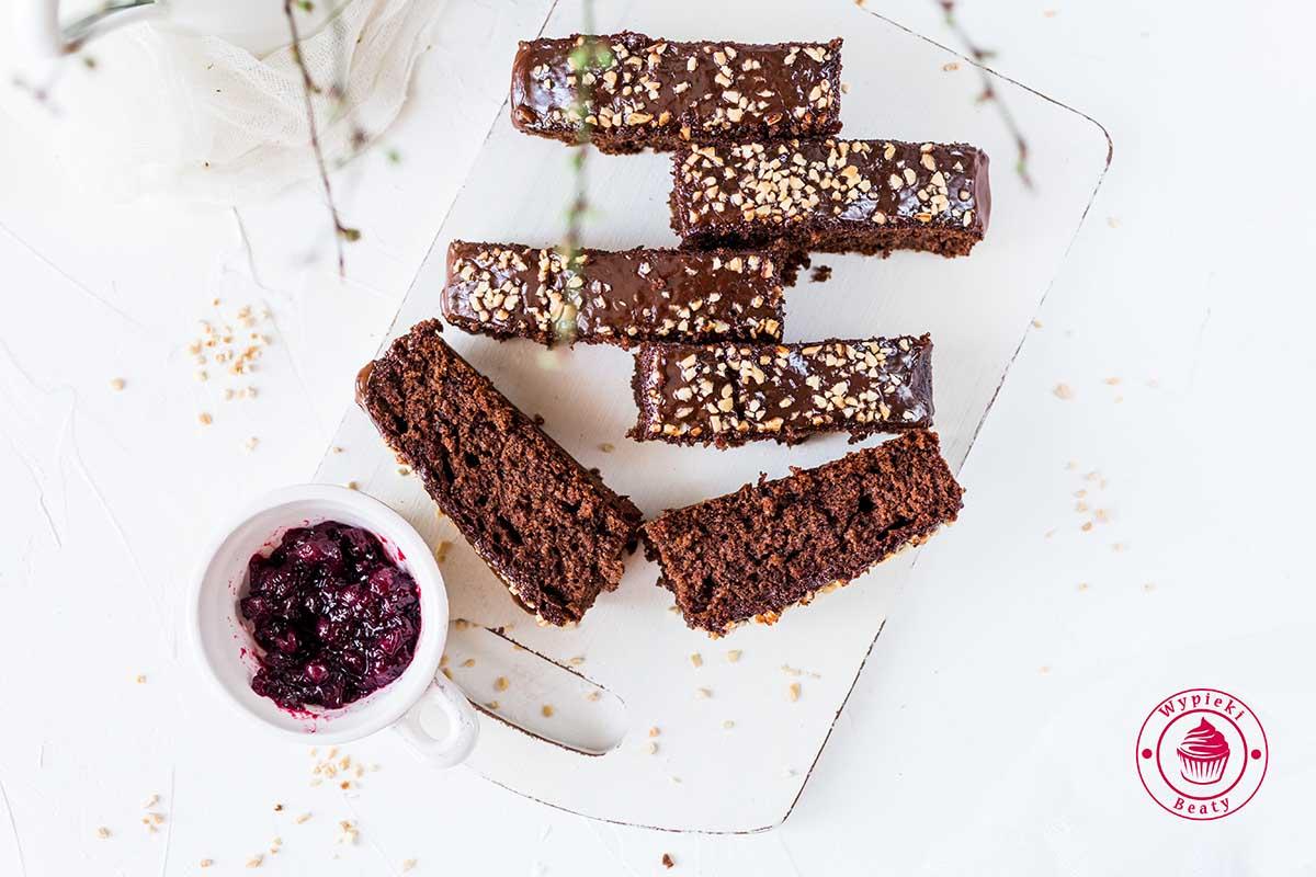 ciasto czekoladowe z dżemem