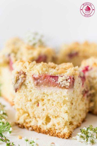 ciasto z owocami i kruszonką na maślance