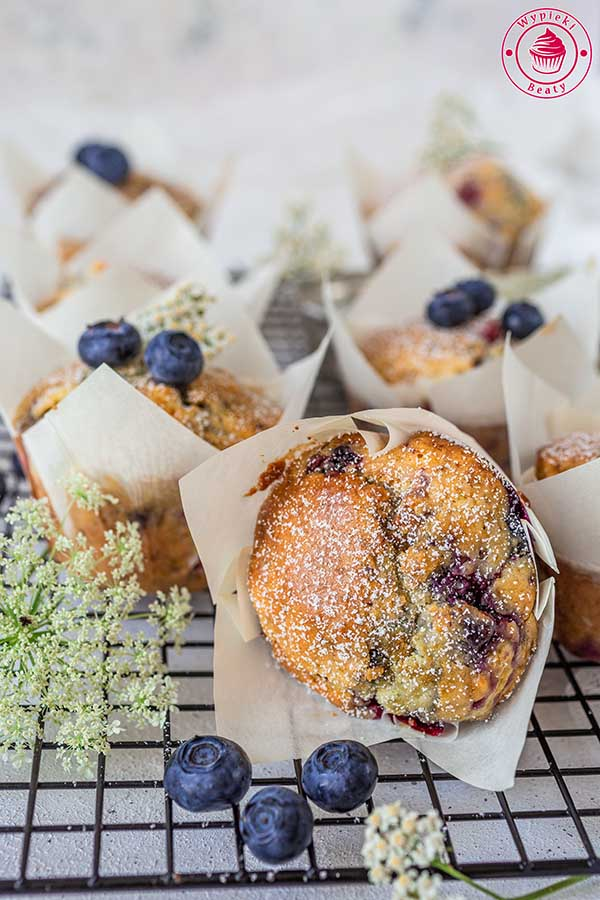 muffinki bardzo owocowe