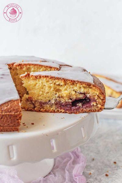 proste ciasto z dżemem i lukrem
