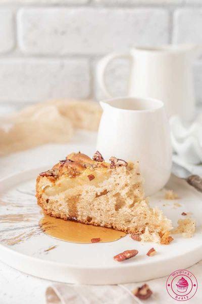 ciasto z gruszkami i orzechami