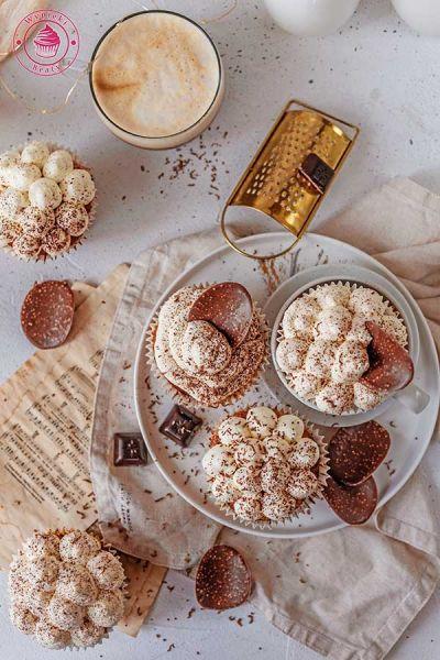 proste babeczki z kawą i kremem mascarpone