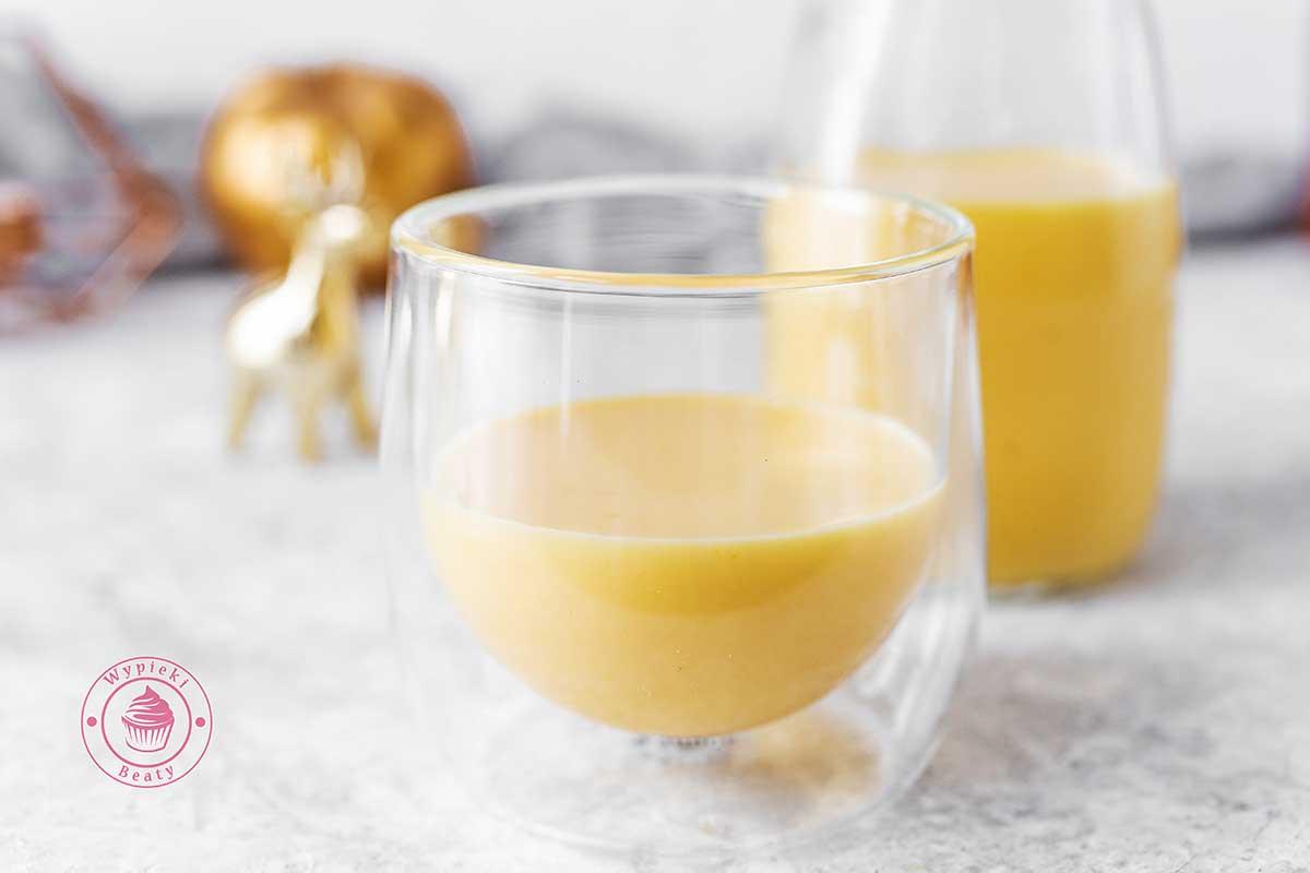 jajeczny likier pomarańczowy