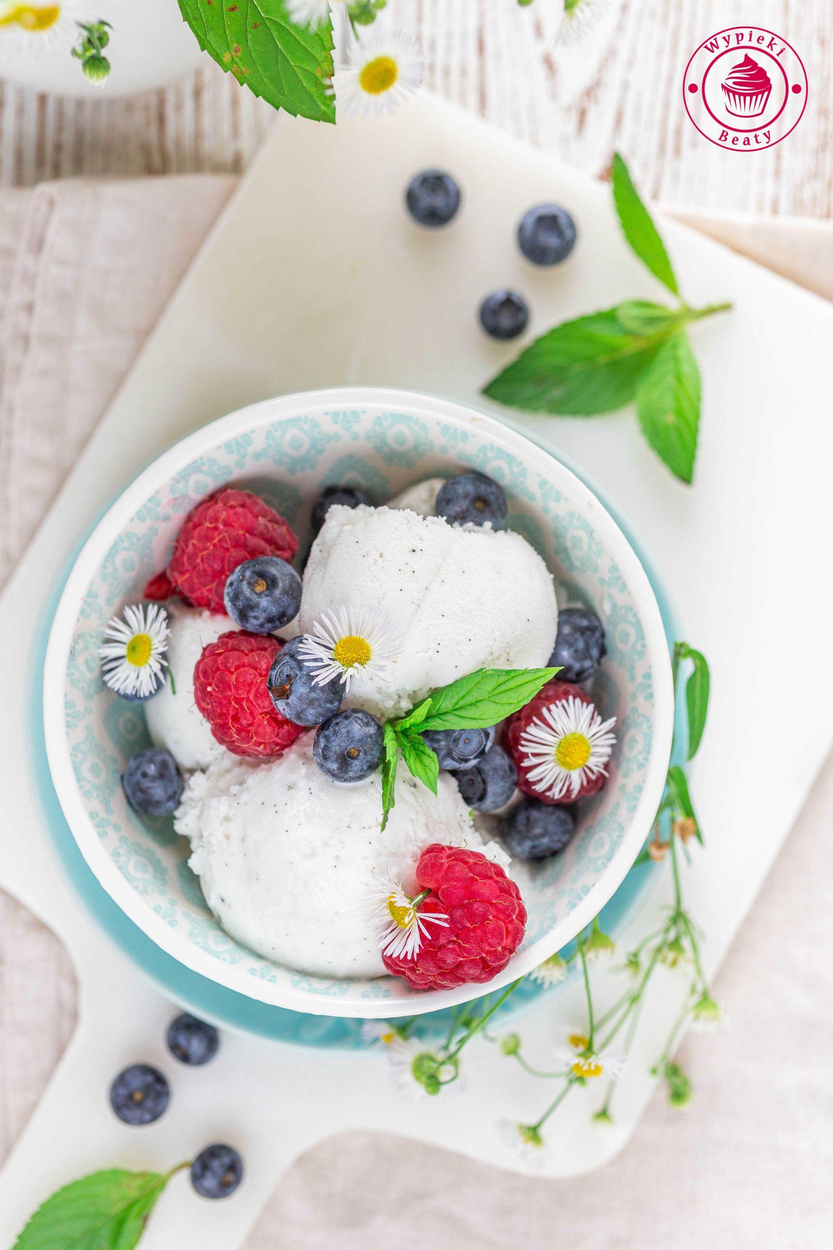 wegańskie lody kokosowe